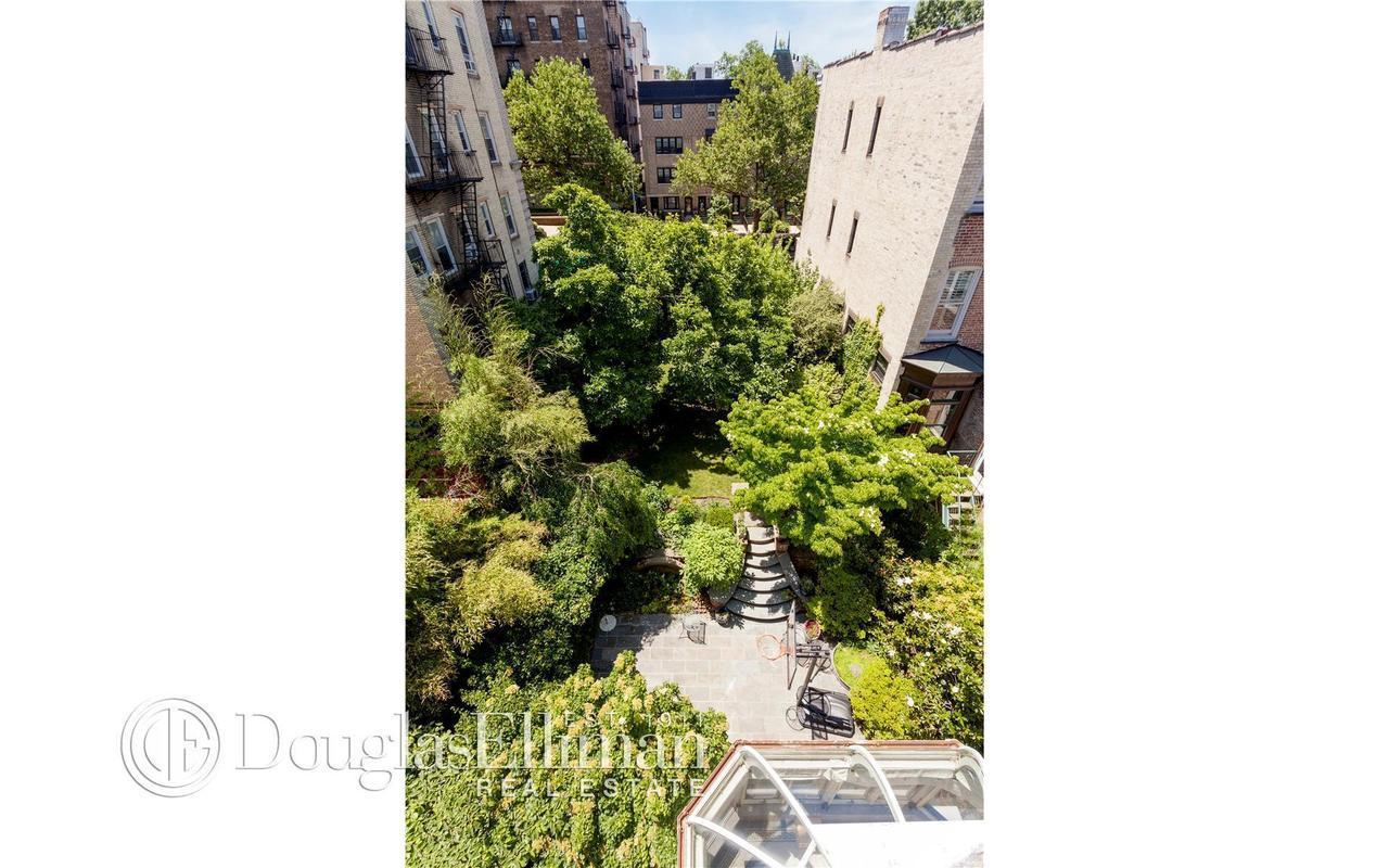 Townhouse | 646 2nd Street, New York, NY 22