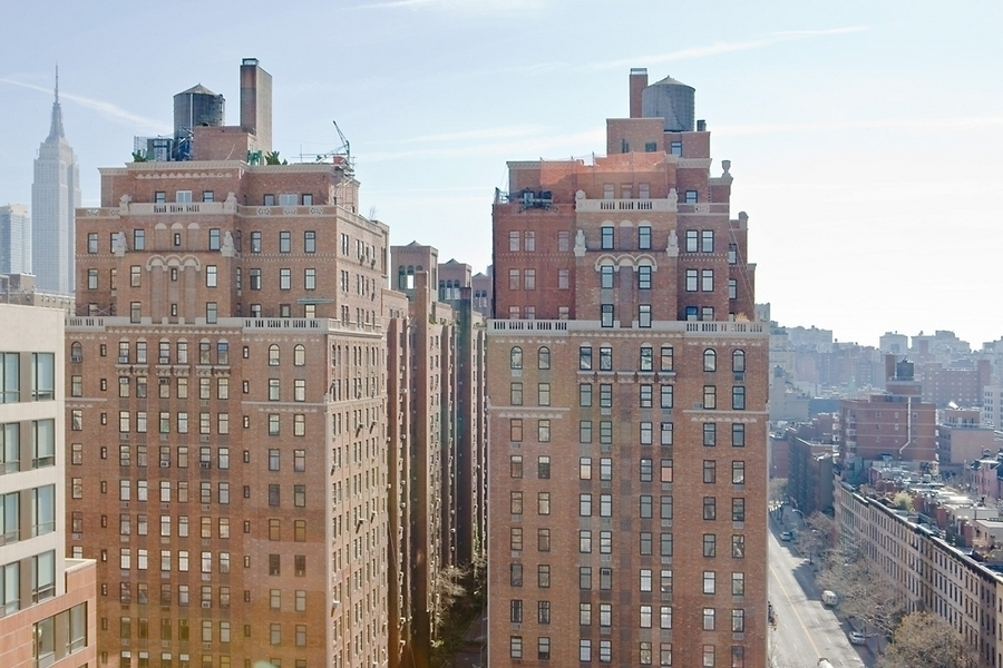 London Terrace Towers At 410 West 24th St In West Chelsea