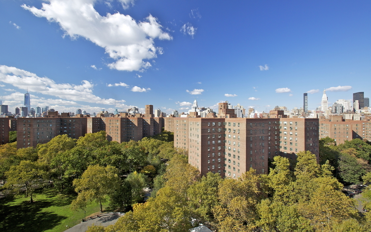 19 stuyvesant oval in stuyvesant town pcv sales rentals for Stuyvesant town lottery