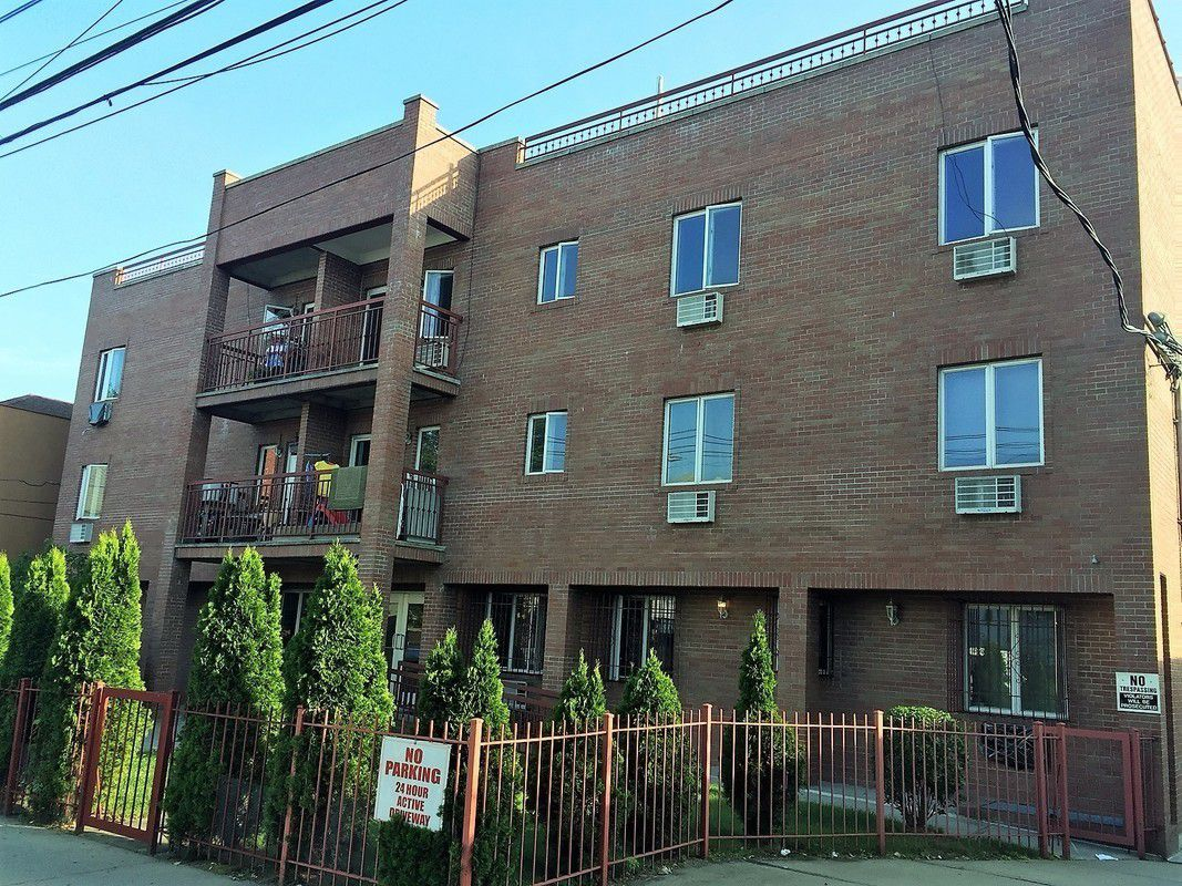 Streeteasy 2872 86th street in gravesend 3a sales for Living room 86th street brooklyn ny