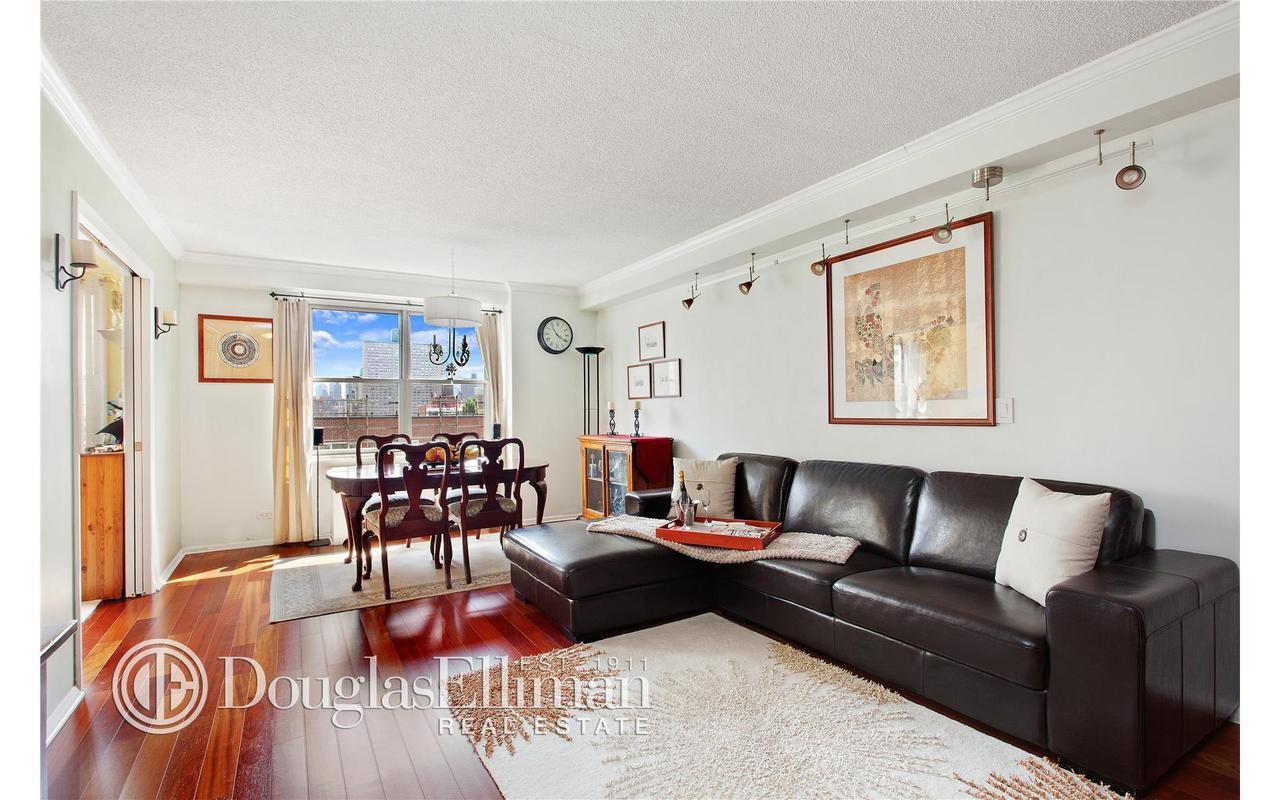 Streeteasy 345 east 86th street in yorkville 12e for Living room 86th street brooklyn ny
