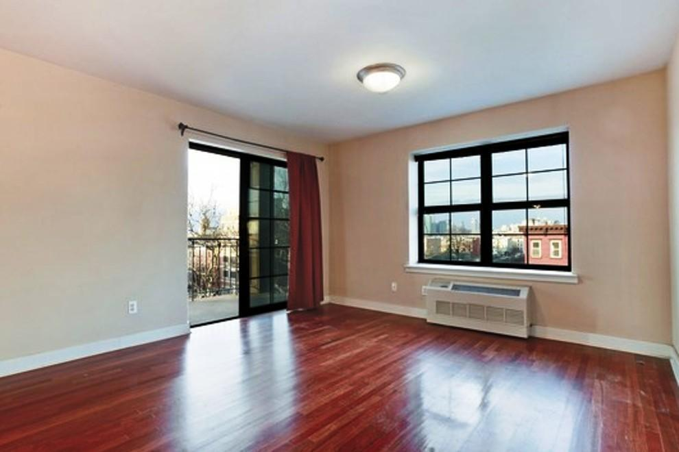 Apartment / Flat / Unit | 93 Rapelye Street #5F, New York, NY 1