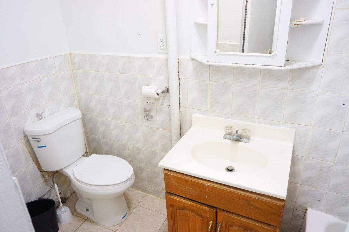 Streeteasy 5305 Fourth Avenue In Sunset Park 2 Sales
