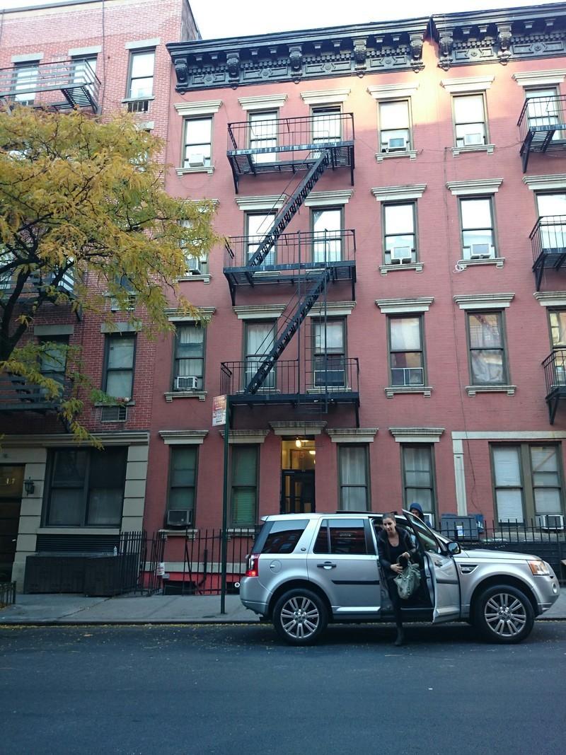 415 West 56th St In Hell S Kitchen Sales Rentals
