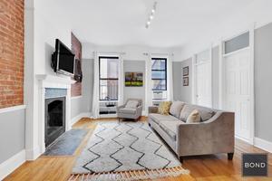 Beautiful 204 W 92nd Street #3R