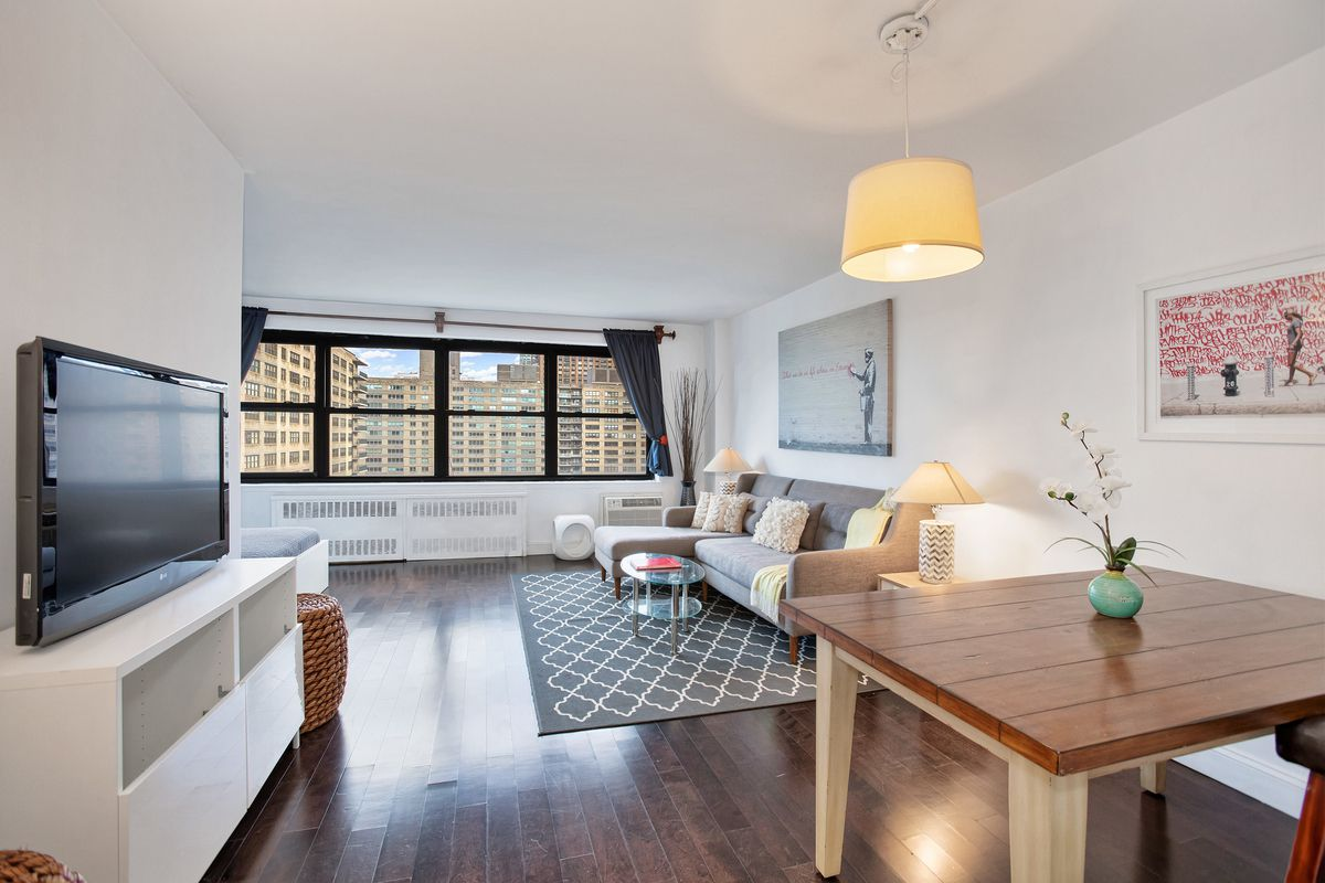 185 West End Avenue 26k In Lincoln Square Manhattan
