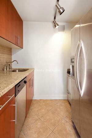 floorplan for 455 Park Avenue South #401