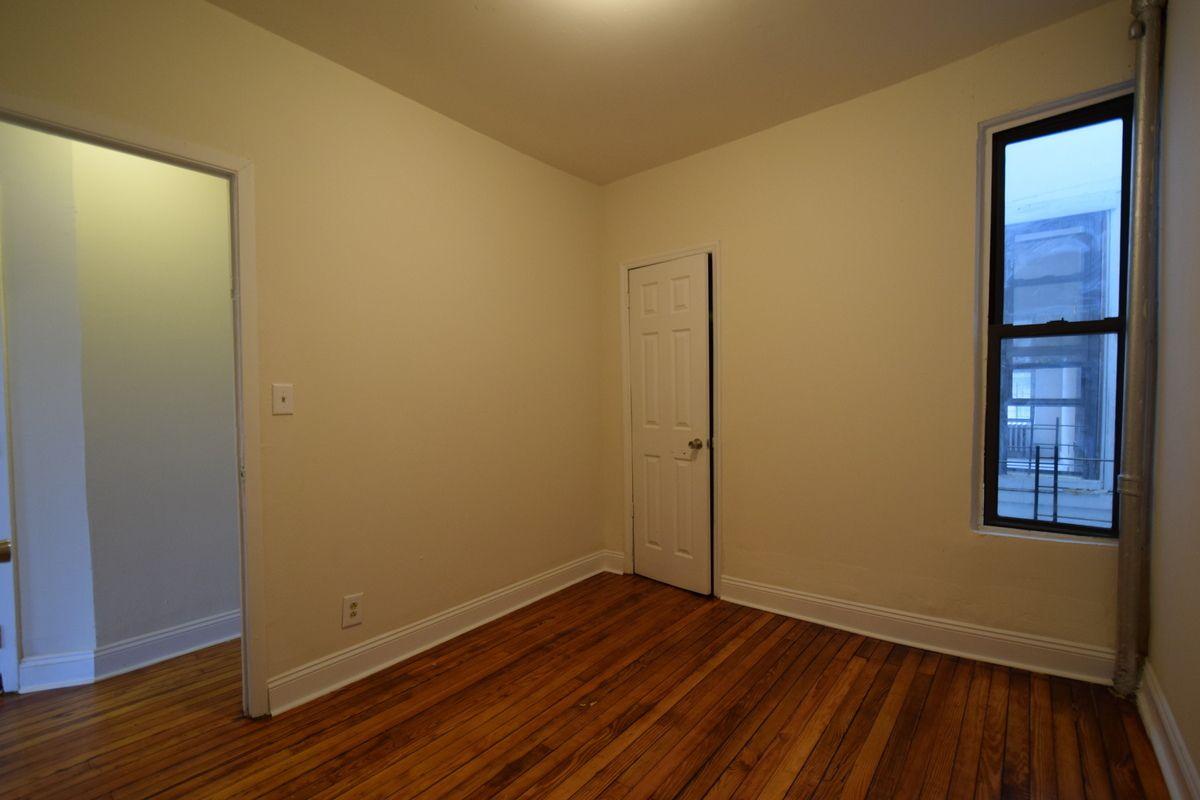 StreetEasy: 2867 Webster Avenue in Bedford Park, #2 - Sales, Rentals ...