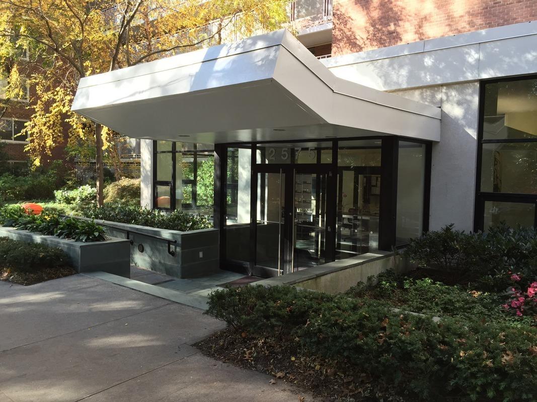 2575 Palisade Ave. in Spuyten Duyvil : Sales, Rentals, Floorplans |  StreetEasy