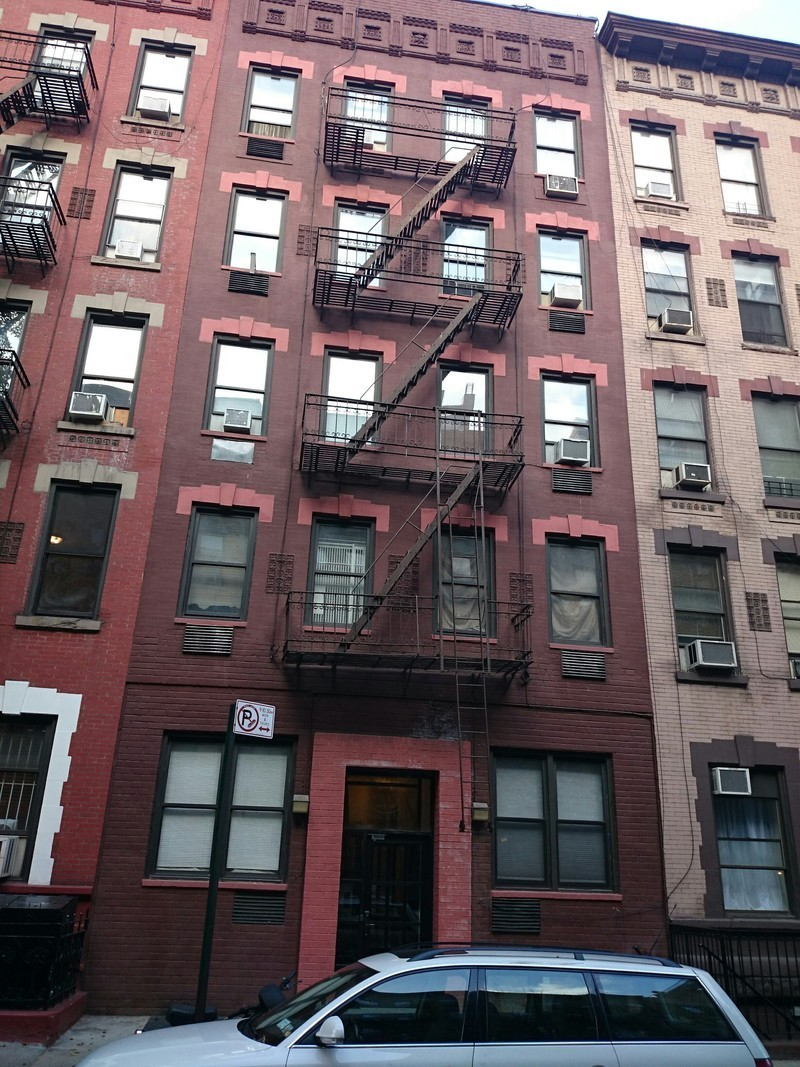 Building 515 East 81st Street