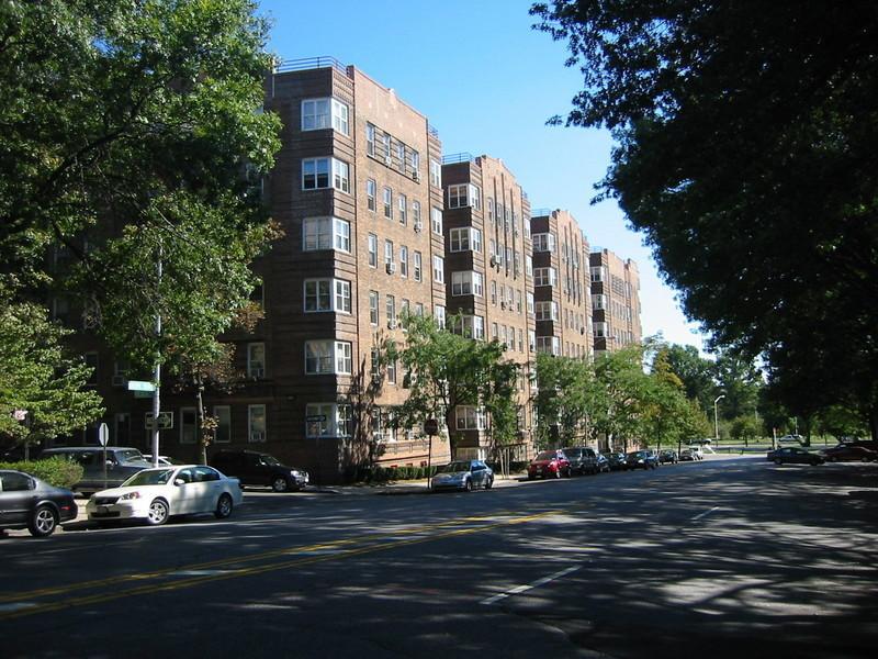Pelham Parkway North Apartments