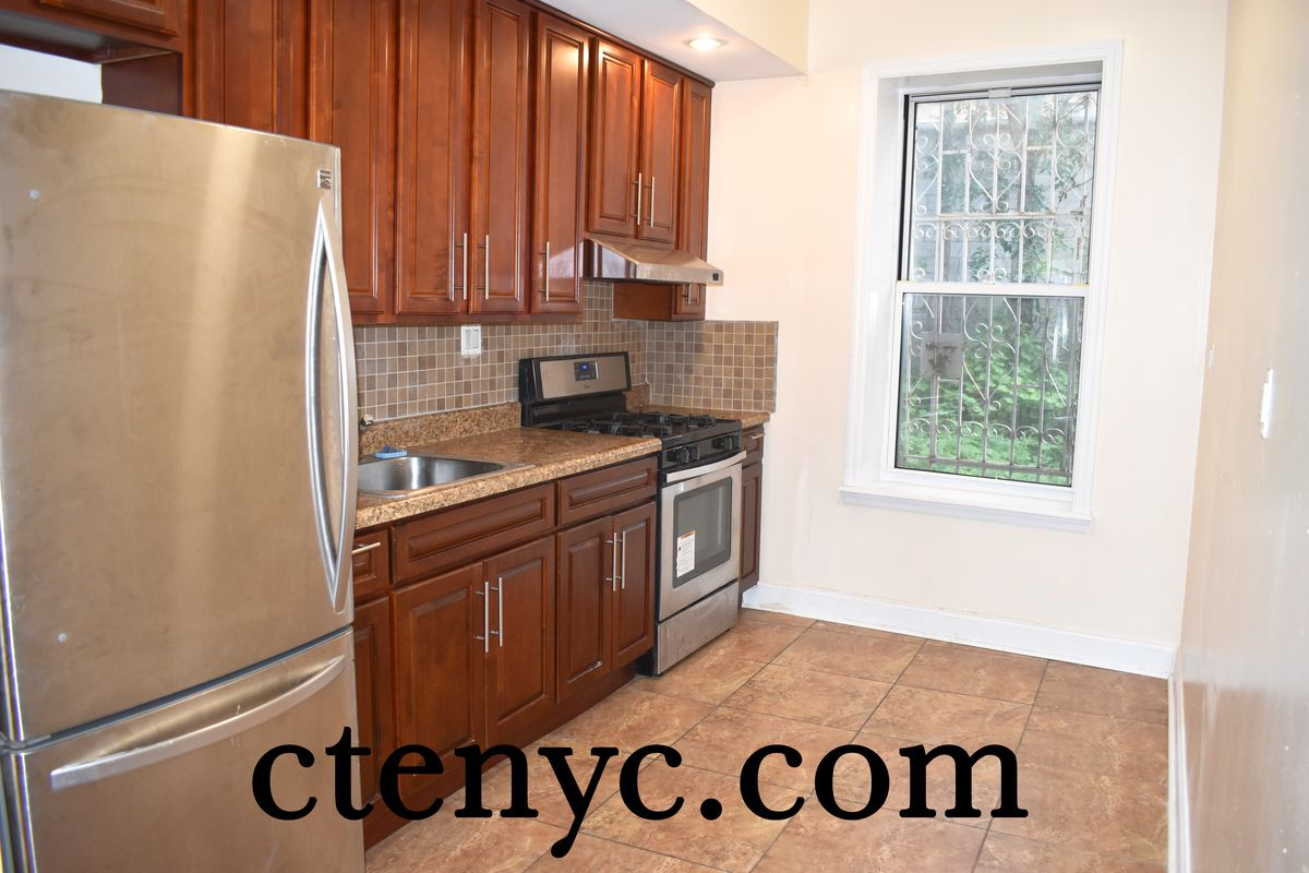 421 Lincoln Road in Prospect Lefferts Gardens : Sales, Rentals ...