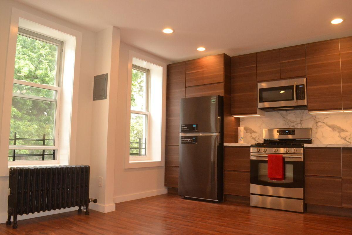 Kitchen cabinets sunset park brooklyn - Photo