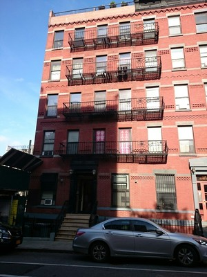 437 west 54th st in hell 39 s kitchen sales rentals for 41 river terrace new york