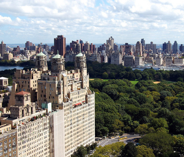West Central Park: StreetEasy: The Beresford At 211 Central Park West In