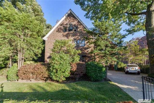140 71st Ave. in Forest Hills : Sales, Rentals, Floorplans | StreetEasy