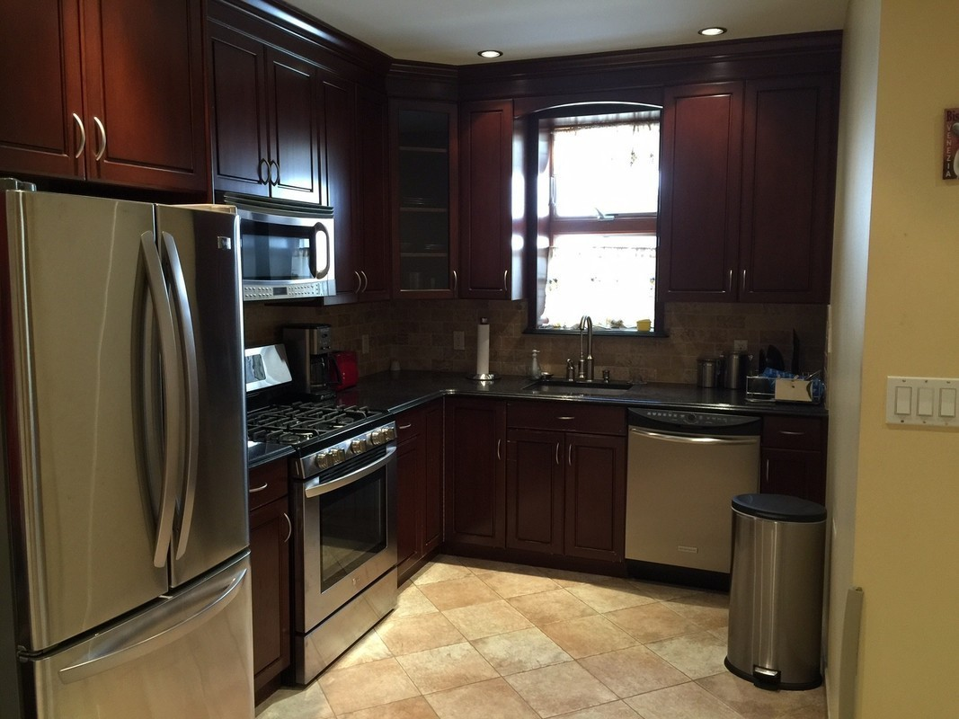 Kitchen cabinets 65th street brooklyn - Photo