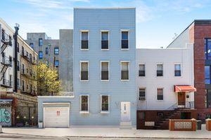 317 Manhattan Avenue