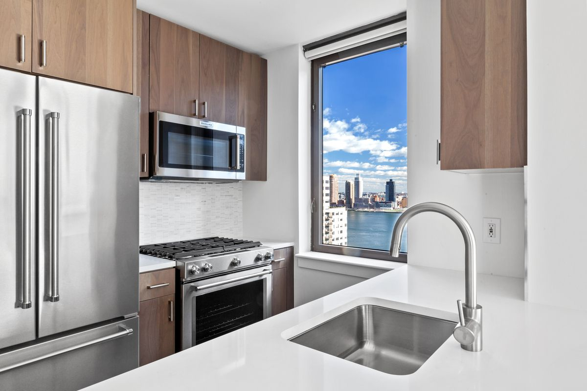 the lanthian at 377 east 33rd st in kips bay sales rentals