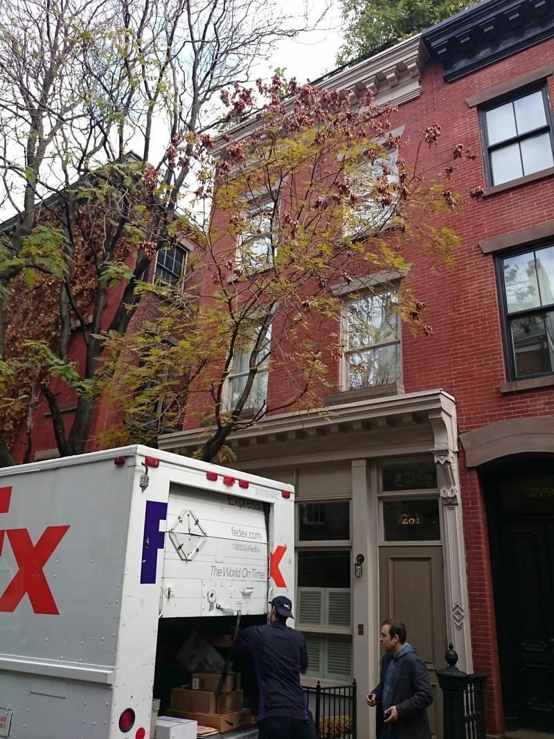 281 west 4 street in west village manhattan naked for Manhattan west village apartments