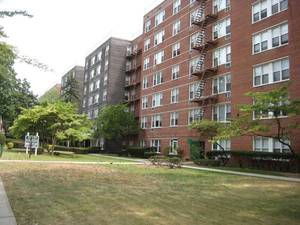 Streeteasy 182 30 wexford terrace in jamaica estates 3p for 182 30 wexford terrace