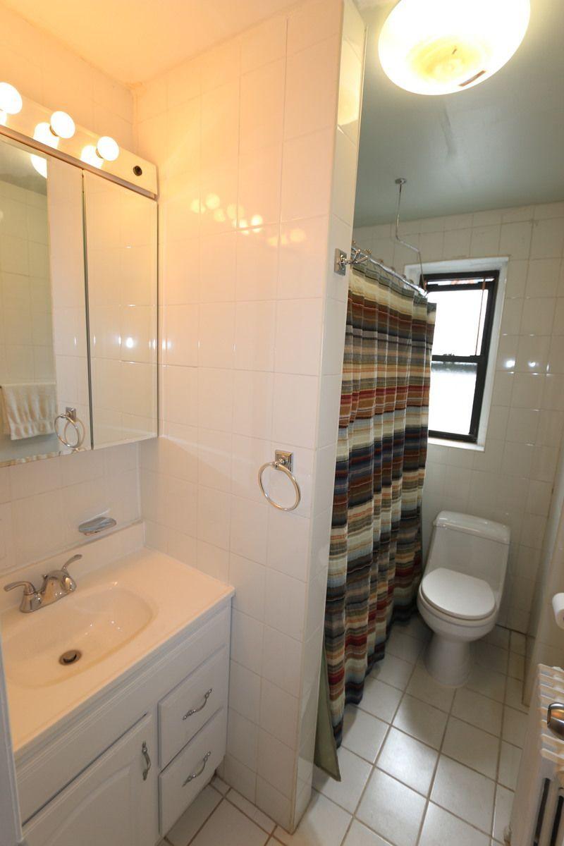 Marine avenue bathrooms
