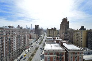View of 2373 Broadway